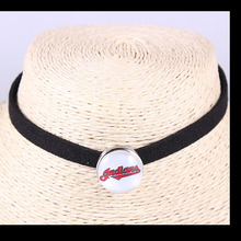 Fashion USA Fans Jewelry Black Velvet Leather Cleveland Indians Choker Necklace USA Baseball Team Snap Button Jewelry 20PCS(China)