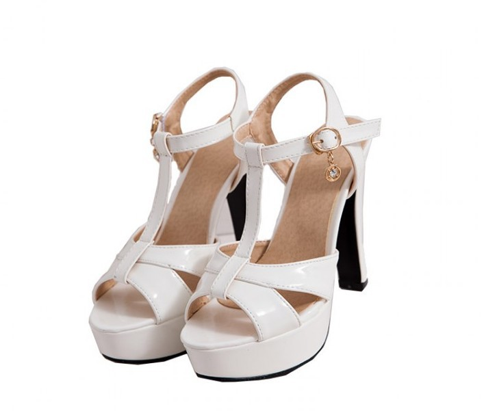 2017 Tenis Feminino Sandalias Mujer Plus Size Shoes Women Sandals Sapato Feminino Summer Style Chaussure Femme Free Shipping <br>