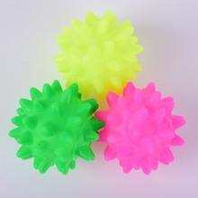 Pet Toys Colorful Rubber Sea Urchin Ball Meteor Ball Sounding Toy Dog Toys(China)