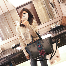 Buy 2018 Fashion women handbags Large Capacity Tote handbag Crossbody Messenger Bags luxury women leather handbags bags designer for $43.25 in AliExpress store
