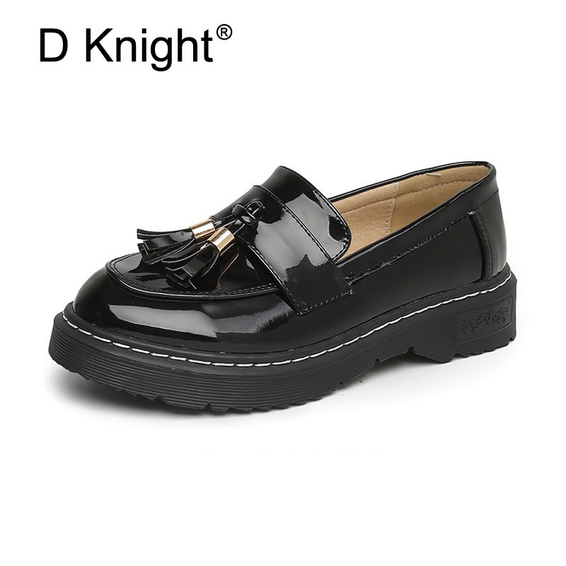 Plus Size 34-43 Tassel Decoration Flats Loafers For Women Vintage Patent Leather Women Creepers Ladies Casual Flat Oxfords Shoes<br>