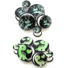 Unisex Glowing Jewelry Earplugs Earplugs 1 Pair Piercing Skull Acrylic Ear Tunnels Ear Stretching(China)