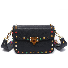 2017 Luxury handbags women bags designer crossbody bags for women fashion stud shoulder bags famous brand women messenger bags