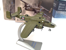 AIR FORCE 1 1/72 WWII US B-25B Bomber Model Doolittle raid Beijing Favorite military model