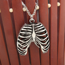 Anatomy Anatomical Human Rib Cage Body Chest Necklace Skeleton Pendant 2017 New Fashion Vintage Retro Jewelry For Men Wholesale