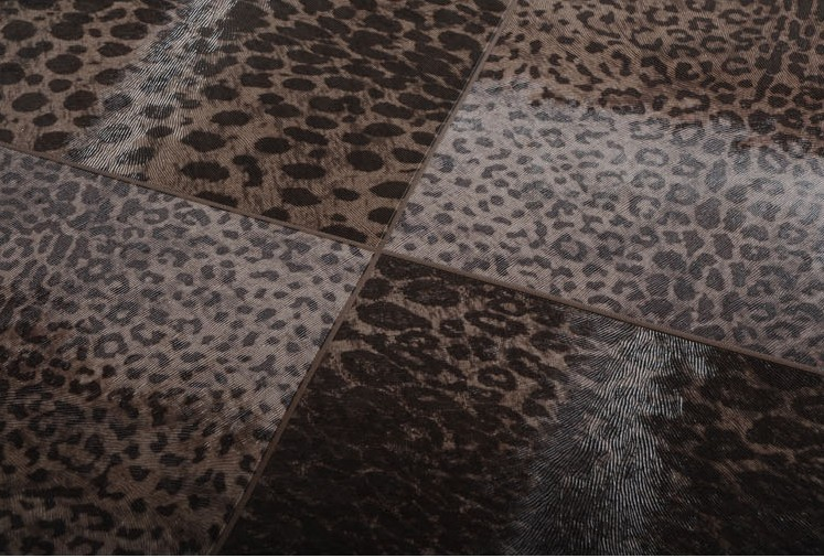 Leopard Print Designer Wallpaper  / Deep Embossed Design Art  Background/The Nature Belong To Everyone mural  wall paper<br>