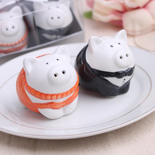 2016 new wedding favor ceramic pig Salt and Pepper Shakers bridal shower favor gifts best wedding guest souvenirs 60set/lot