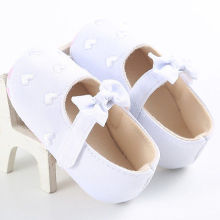 White Black Pink Blue Love Heart Bowknot Shoes Baby Girls Princess Anti Slip Shoes Kids Boy Soft Crib Shoes First Walkers Autumn(China)