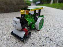 TT03-- Learning Curve Thomas & Friends George Diecast Toy Vehicle New Loose