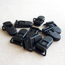 YUMUZ 10pcs Black Plastic Clips Pacifies Clip Jewelry Supplies for Toys Creative Art 20mm(China)