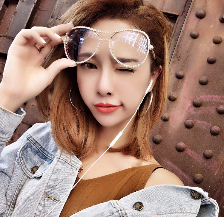 The new network red pearl flat mirror and 9170 radiation proof glasses diamond students with myopia glasses frame<br><br>Aliexpress