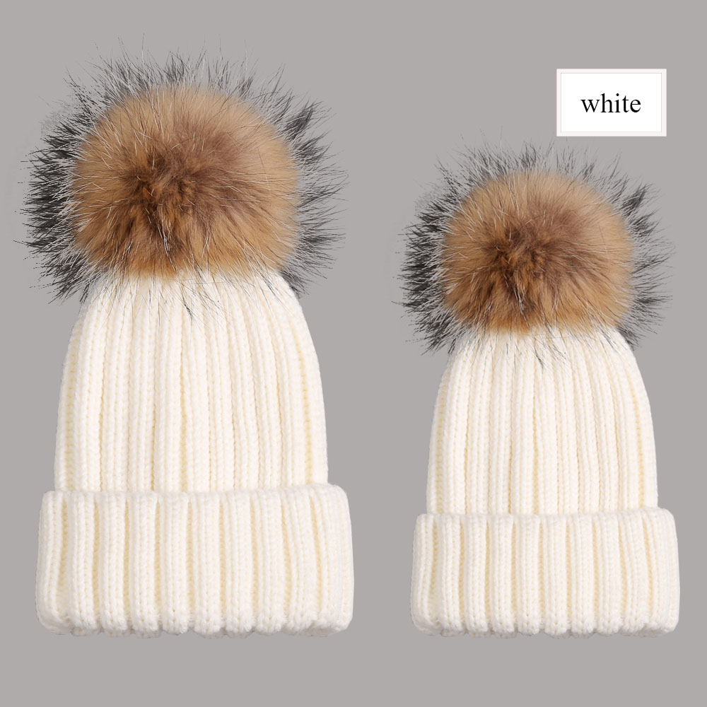 beanies with pompom thick white