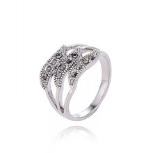 2016 Hot Sale Never Fade Platinum Plated Retro Hollow Wave Rings Three Rows CZ Diamond Personality Ring Jewelry For Woman