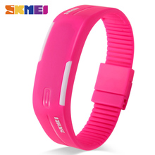 SKMEI Sports Watches Women Running Digital Watch Silicone Band Time Date Girls Ladies Wristwatches Relogio Feminino 1099