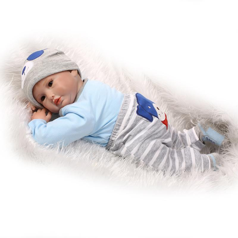 22inch Realistic Baby Dolls 55cm Soft Silicone Reborn Dolls BeBe Reborn Bonecas Reborn Lifelike Newborn Juguetes Babies Toys<br><br>Aliexpress