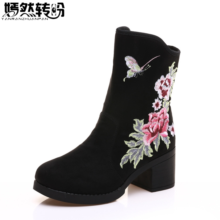 2017 New Winter Women Boots Floral Embroidered Canvas Ladies Black Zipper Soft Warm Booties Botas Mujer Plus Size 41<br>