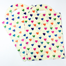 Larger 25x40cm Colourful Heart  Lace Plastic Gif Handle Packaging Hot Plastic Bags With Handles Clothes Gift Packaging 50pcs/lot