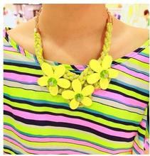 2017 New Fashion Sweet Cotton Braided Neon Candy Color Flower Crystal Chunky Pendant Statement Necklace For Women N1513