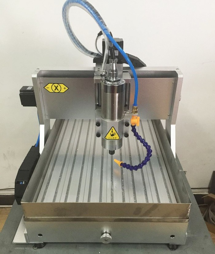 CNC 6040 with water tank (20)