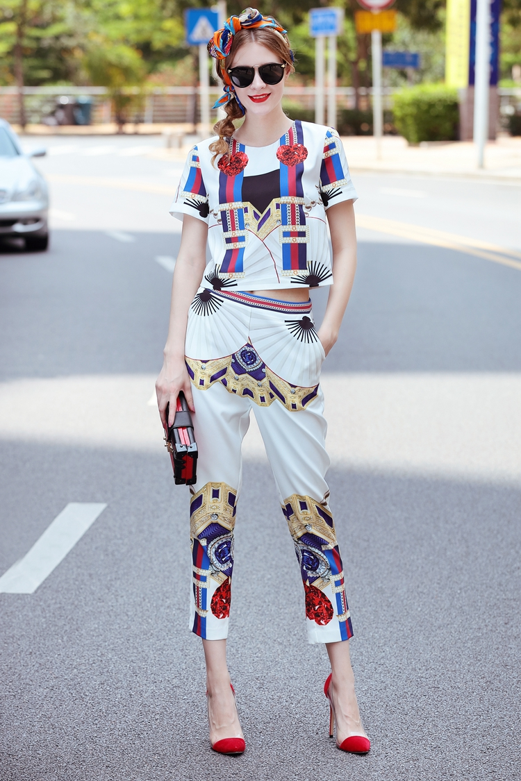 High Quality 17 Designer Runway Suit Set Women's Two Piece Casual Tops + Fashion Print Mid Calf Pants Set suit Free DHL Aramex 8