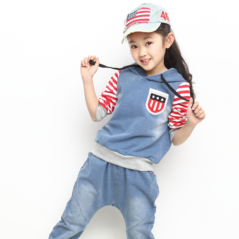 Free Shipping ! Girls Sport Set for Spring &amp; Autumn 2014 New Childrens Clothing set - Pullover Hoodie  + Haren Jeans 2pcs<br>