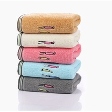 New Arrivals Cotton Towels Simple Family Embroidered Face Towels Super Soft Comfortable 32 Stocks Gifts Bathroom Towels 34*75CM