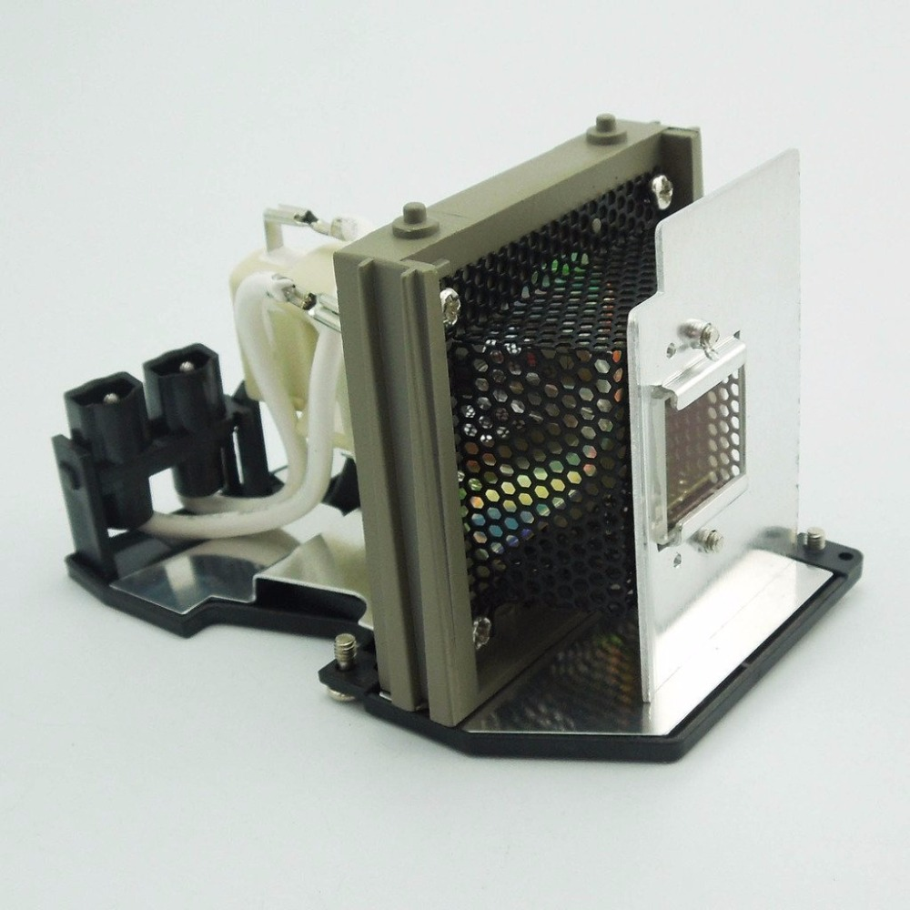 TLPLW3 Replacement Projector Lamp with Housing for TOSHIBA TDP-T80 / TDP-T90 / TDP-T91 / TDP-T98 / TDP-TW90 / TDP-TW91<br>