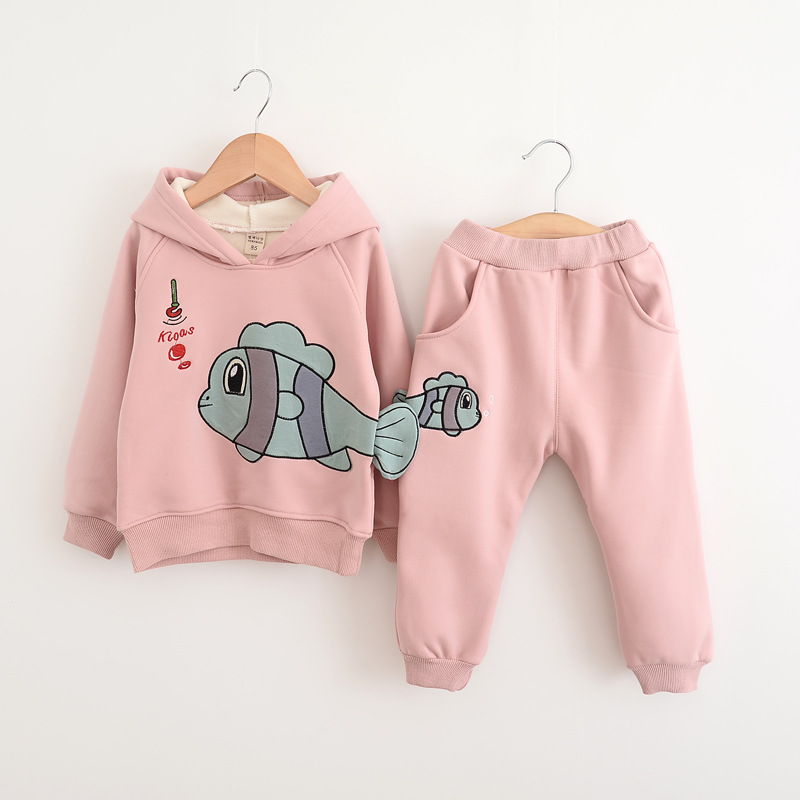 baby girls autumn clothing sets 2017 New Autumn cartoon 2pcs girls winter clothes set kids suit thick set cotton<br>