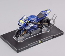 IXO Altay 1/18  ROSSI Yamaha YZR-M1 #46 World Champion 2005 Motorcycle Diecast Motorbike Model boys Gift Collection