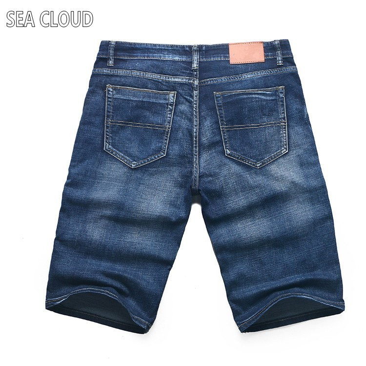 Free shipping Sea Cloud plus size summer oversized capris knee-length male denim shorts elastic Straight short jeans size 50Îäåæäà è àêñåññóàðû<br><br>