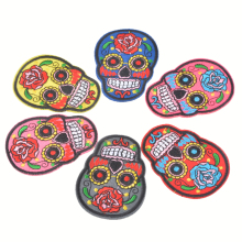 Hoomall 5PCs Iron On Patches Clothes DIY Flowered Skull Embroidered Patches For Clothing Fabric Badges Sewing Patches(China)