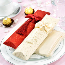 1pc Pillow Wedding Party Favor Papercard Made Gift Candy Boxes Supply Favour Craft Gifts Boxes Red Beige PC893530(China)