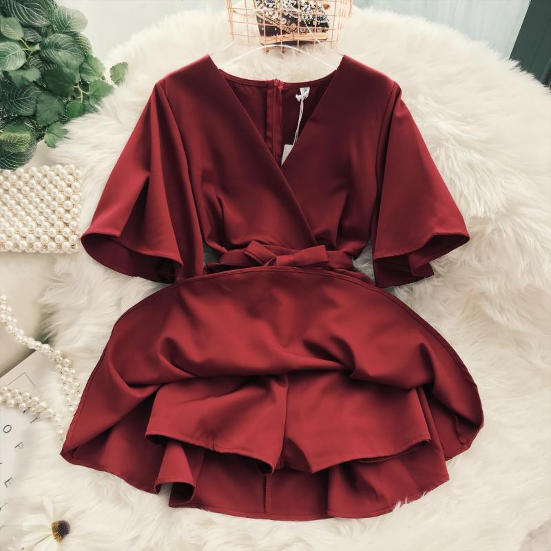 2018 Summer Jumpsuit Woman Pure Color Temperament V Collar Short Sleeve High Waist Slim Playsuits Ladies Playsuit 40