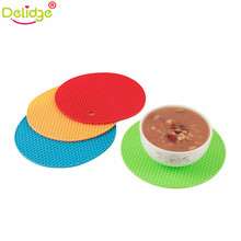 Delidge 1 pcs Honeycomb Shape Table Mat Silicone Round Non-Slip Heat Resistant Mat Be Hung Durable Coaster Cushion Silicone(China)