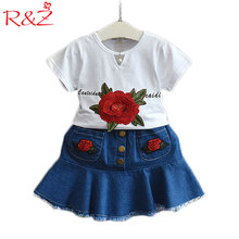 R&Z 2017 New Suit Girls Roses Short Sleeve T-shirt + Denim Skirt 2 Pcs Set Letters Flower Leisure Princess Children's Clothing