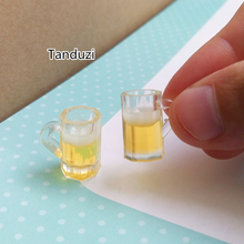 Tanduzi 2PCS 1:12 Half Full Plastic Tankard Of Lager Dollhouse Miniature Pub Beer Accessory Fake Beer Mugs Kitchen Food Toys