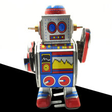Mechanical Cute Wind-up Robot Vintage Classic Iron Adults Toy Collection(China)