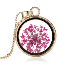 2015 Vintage Black Border Dry Flower Necklaces Pressed Necklaces Pendants Flower Resin Jewelry Gold Elegant Romantic For Women