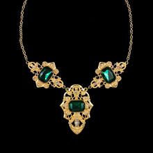 famous brand green flowers European major suit jewelry women retro baroque palace hollow big clavicle short statement necklace