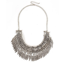 Hot Marketing Retro Woman Charming Ancient Silver Alloy Feather Shape Fringed Collar Necklace Elegant Wedding Party Jewelry Gift