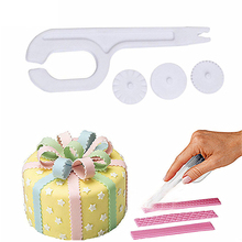 DIY Wheel Fondant Embosser Cutter Cake Decorating Tool Pastry Sugarcraft Round Pad Lace Cutter Knife Baking Mould