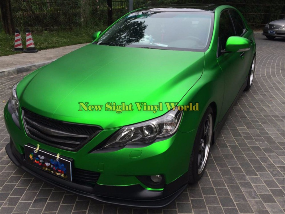 Matte-Satin-Metallic-Green-Vinyl-Wrap-Roll (28)
