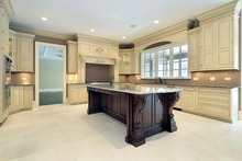 Luxury wood kitchen furniture with crown molding for Montreal Canada 100% customized(China)