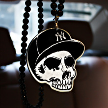 New York Yankees NY Cap Skull Badge Hip Hop Pendant Car Styling JDM Interior Rearview Mirror Ornament Beads Hellaflush Charm