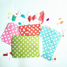 Hot 25Pcs Dots Printed Favor Gift Packaging Favour Candy Gift Bags Food Packaging Grease Proof Paper Bag Christmas Wedding Party(China)