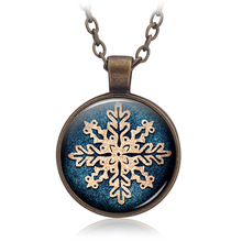 Cute Symmetric simplicity Snowflake Pattern Retro Pendants Time Jewelery Sweater Necklace Keyring Jewelry Christmas present