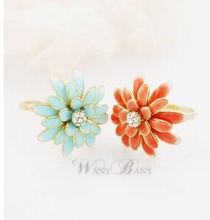 ra069 2015 New Fashion Hot Selling Sweet Temperament The Daisy Chrysanthemum Ring Jewelry Wholesale And Retail(China)