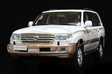 Diecast Car Model Toyota Land Cruiser LC100 1:18 (White) + SMALL GIFT!!!!!