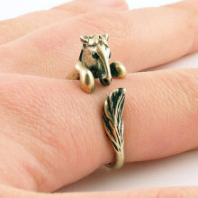Min 1PC Bronco Horse Animal Wrap Ring Bronze Jewelry Rings Comfortable Lucky Animal Ring For Men Women Gift(China)