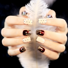 2016 New 24Pcs Sexy Wine Red False Nails Acrylic Nail Art Tips Gold Glitter White With Black Dot Fake Nail Art Decoration Z263(China)